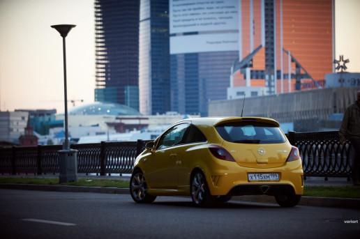 Opel Corsa OPC 2008 и Москва Сити