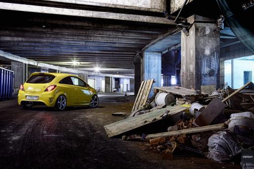 Opel Corsa OPC в Подземном Городе Москва-Сити